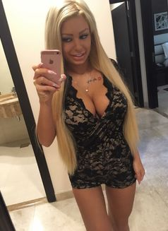 Roxyescorts - escort agency in Dubai Photo 26 of 27