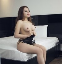Ruby- Nice Body and Beautiful girl - escort in Dubai Photo 1 of 5