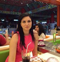 Ruzena Czech European escort in Dubai - escort in Dubai Photo 1 of 4