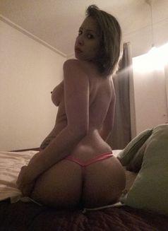 erotic massage copenhagen kvinde søger ung mand