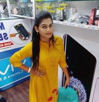 Sakshi - Transsexual escort in Chennai