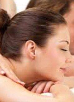 さくら Sakura Royal Japanese Massage - masseuse in Al Manama Photo 3 of 6