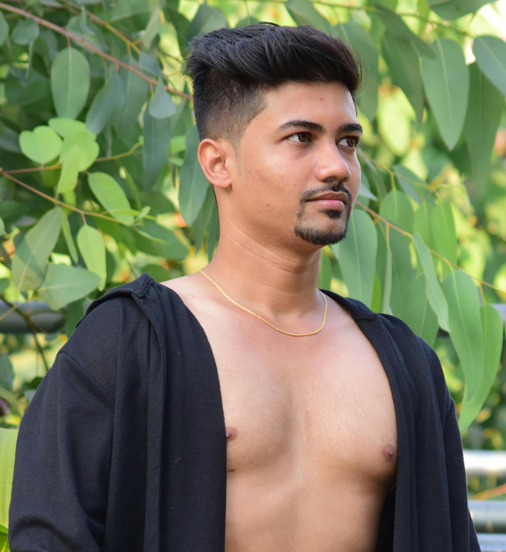 Delhi, India Male Escorts