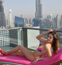 Samanta Cat Walk Model - escort in Dubai Photo 7 of 7