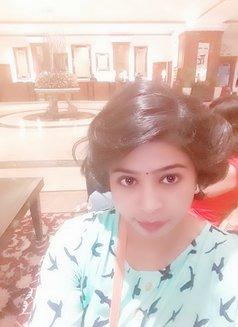 Sameera Escorts Service in Kalka Ji - escort agency in New Delhi Photo 1 of 2