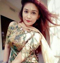 Sanam Butt - escort in Lahore