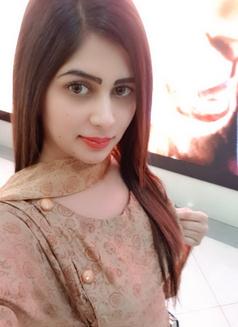 Sanam - escort in Dubai Photo 1 of 3