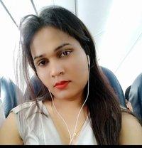 Sanjana Singh - Transsexual escort in Mumbai Photo 29 of 29
