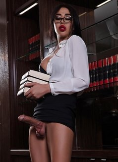 Sara - Transsexual escort in Moscow Photo 11 of 11