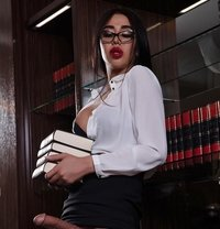 Sara - Transsexual escort in Moscow