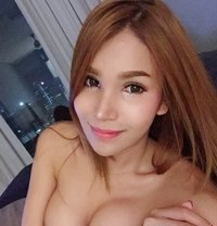 Sara Thai - Transsexual escort in Hong Kong Photo 4 of 19