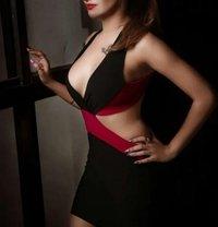 Nidhi Patel independent - escort in Mumbai Photo 1 of 3