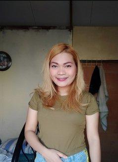 Sassybee - escort in Manila Photo 21 of 24