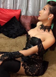 Mistreselegant Paradise found - Transsexual escort in Tokyo Photo 9 of 30