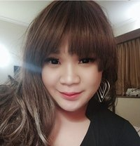 Selfia Shemale Cute and Sexy - Transsexual escort in Jakarta