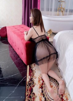 Sex sentar - escort in Muscat Photo 4 of 8
