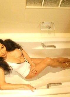 The top Sexiest Ladyboy Curve's - Transsexual escort in Hong Kong Photo 3 of 19