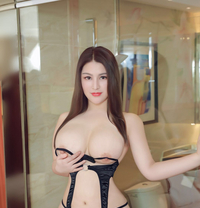 Sexy Anal Girl Lucy - escort in Dubai