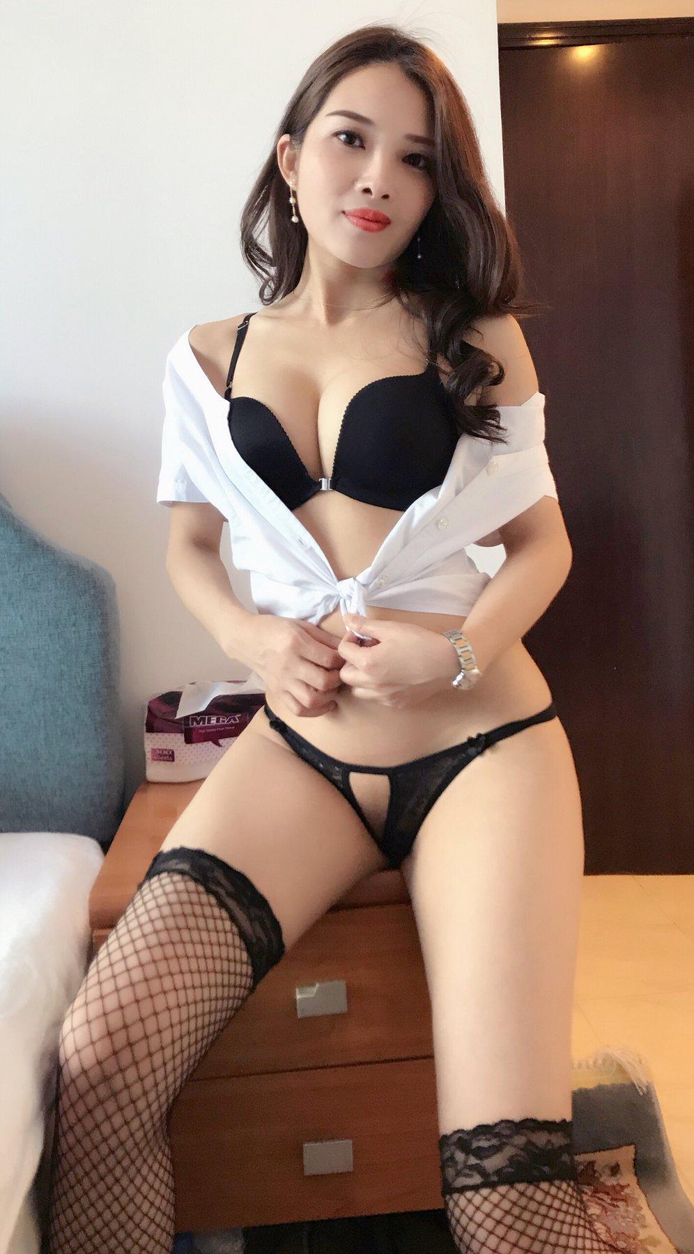 Sexual striptease exotic massage sex videos