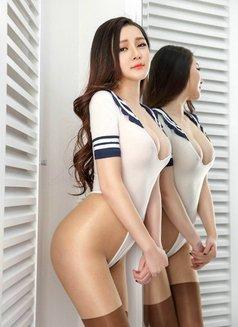 Sexy Massage Girl - escort in Kuwait Photo 4 of 5