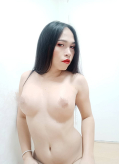 Top Sunya - Transsexual escort in Seoul Photo 2 of 8