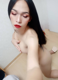 Top Sunya - Transsexual escort in Seoul Photo 4 of 8