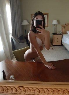 Sexy Tina - escort in Kuwait Photo 9 of 9