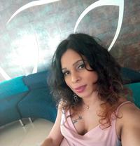 Shahina Shenoli - Transsexual escort in Colombo
