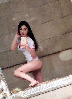 Shanghai SuSu - Transsexual escort in Shanghai Photo 4 of 11