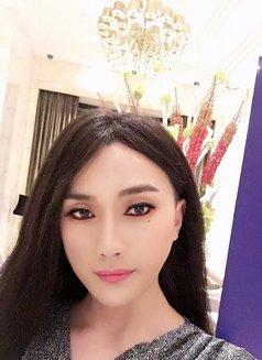 Shanghai SuSu - Transsexual escort in Shanghai Photo 5 of 11