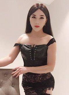 Shanghai SuSu - Transsexual escort in Shanghai Photo 10 of 11