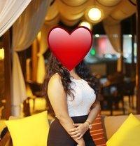 Shanu - escort in Colombo Photo 2 of 2