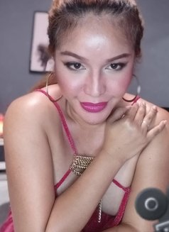 ShashaQueen Available for camShow - Transsexual escort in Manila Photo 2 of 22