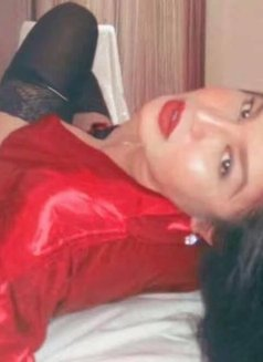 ShashaQueen Available for camShow - Transsexual escort in Manila Photo 20 of 22