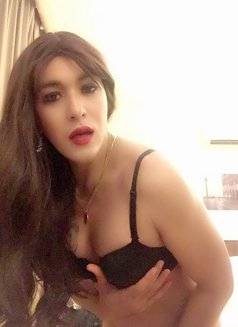 Philippines Amazng juicycock Bella Amore - Transsexual escort agency in Muscat Photo 1 of 23
