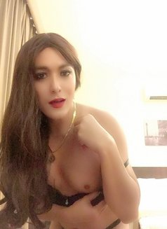 Philippines Amazng juicycock Bella Amore - Transsexual escort agency in Muscat Photo 2 of 23