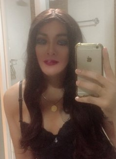 Philippines Amazng juicycock Bella Amore - Transsexual escort agency in Muscat Photo 4 of 23