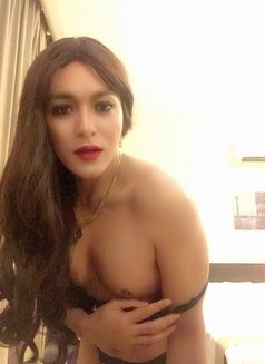 Philippines Amazng juicycock Bella Amore - Transsexual escort agency in Muscat Photo 9 of 23