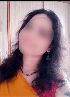 Roopa...for cam show & secret meet - adult performer in Bangalore Photo 1 of 3