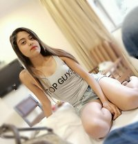 Shreya Mitra - escort in Mumbai Photo 1 of 6