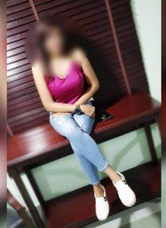 Shweta British Indian Al Barsha - escort in Dubai Photo 2 of 3