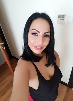 Simona - escort in Dubai Photo 24 of 26