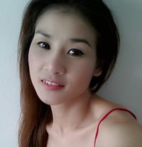 Singapore Girl - escort in Muscat Photo 3 of 4