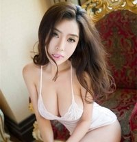 Singapore Girls Nancy - escort in Al Manama Photo 1 of 5