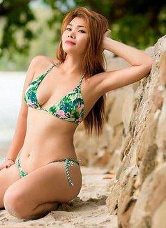 Siri - escort in Phuket Photo 5 of 5