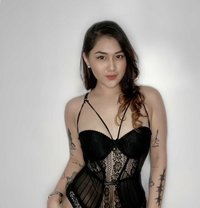 Sizzling Hot and Sexy Ara - escort in Manila Photo 1 of 6