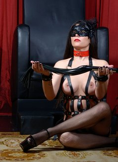 Slave Erato - adult performer in Athens Photo 14 of 21