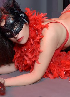 Slave Erato - adult performer in Athens Photo 20 of 21