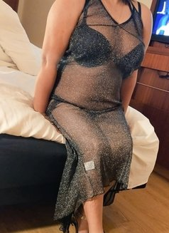Snigda Indian Lady Cam Only - escort in Singapore Photo 4 of 7