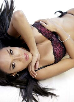 So Chic, So Hot, So Sexy - TS AMBER - Transsexual escort in Manila Photo 14 of 30